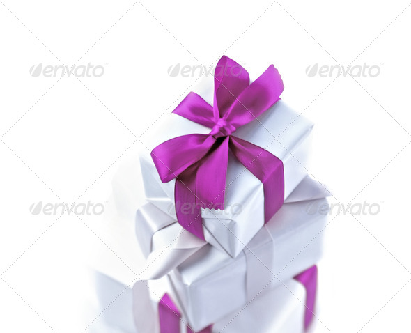 PhotoDune White gift with violet bow 3963995
