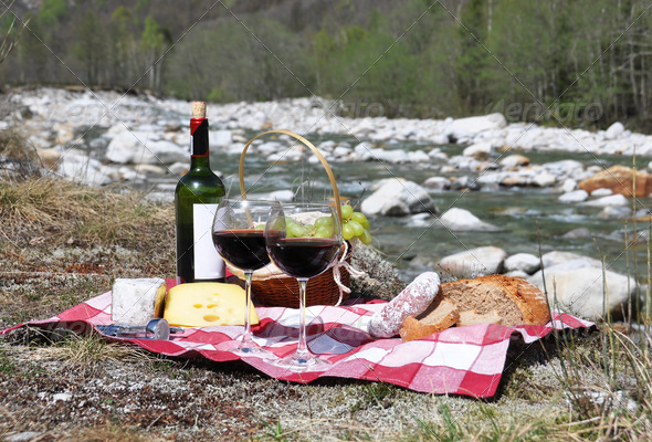 PhotoDune Red wine cheese and grapes served at a picnic Verzasca valley 4001889