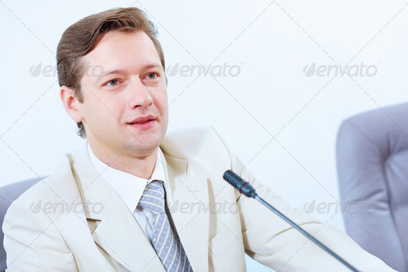 PhotoDune Businessman at meeting 4004914