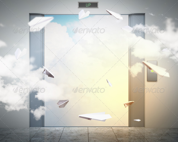 PhotoDune elevator doors and the natural landscape 4004940