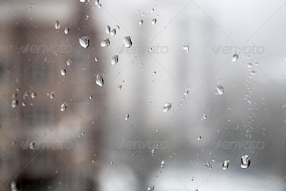 PhotoDune Drops on glass during snowstorm 4082425
