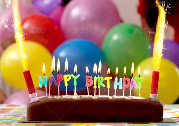 PhotoDune Birthday Cake 447672