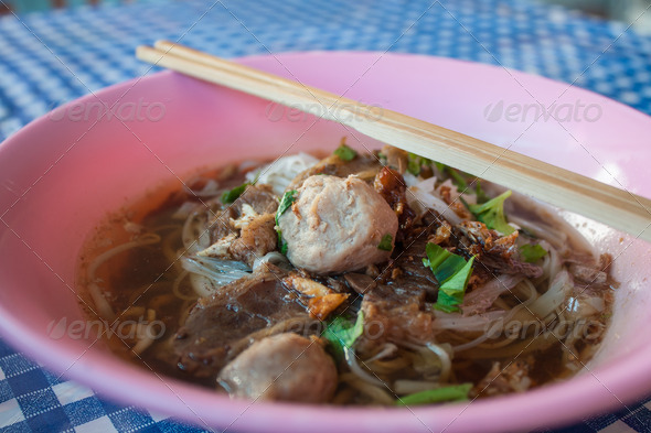 PhotoDune Beef noodle soup 4184725