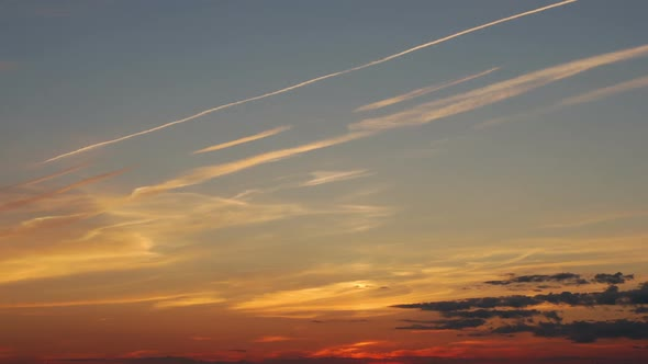 Download Traces of Aircraft at Sunset nulled download