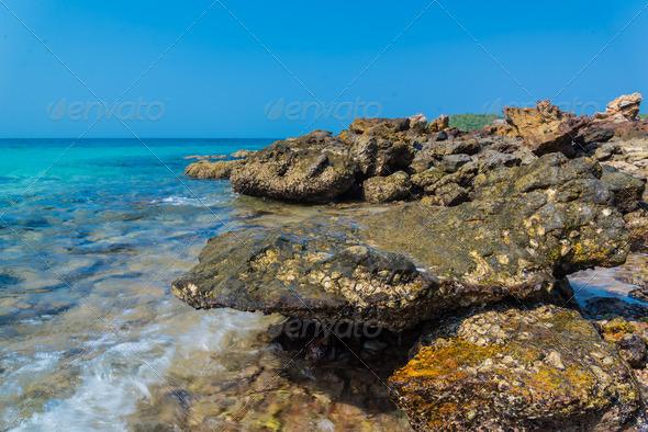 PhotoDune island 4221859