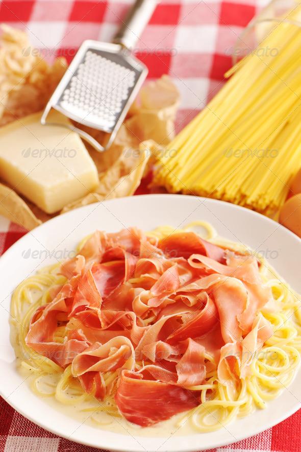 PhotoDune Pasta carbonara 4229676