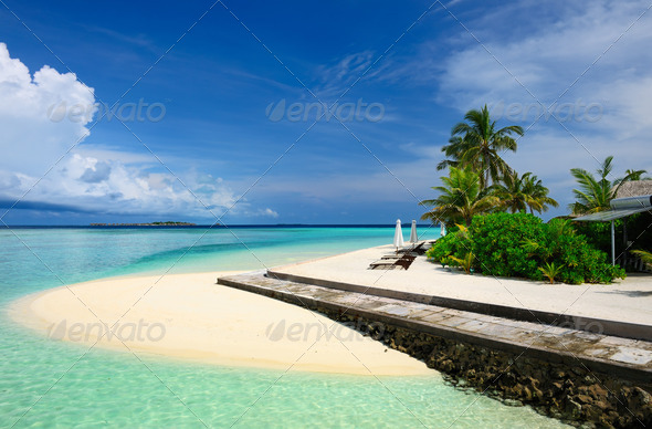 PhotoDune Beautiful beach at Maldives 4229717