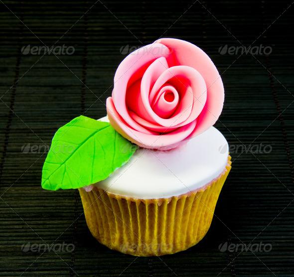 PhotoDune cup cake 4236511
