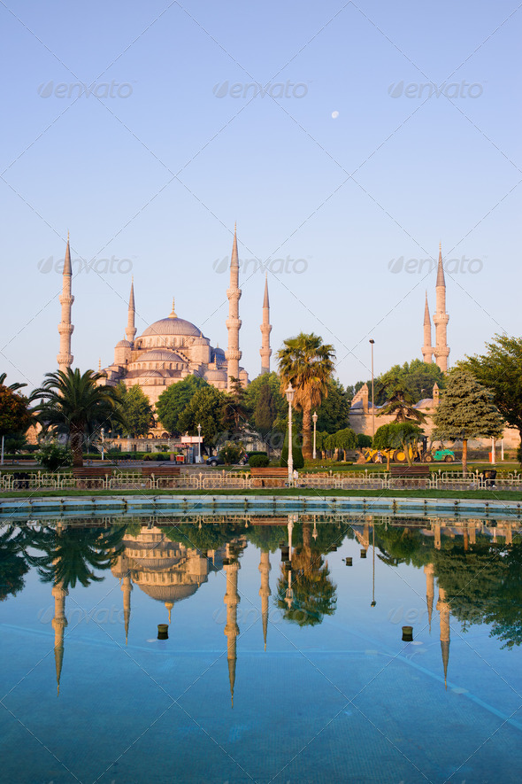 PhotoDune Sultan Ahmet Camii in Istanbul 4243716