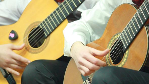 Gitarre Spielen 8