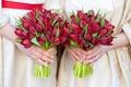 red tulip weddding bouquets