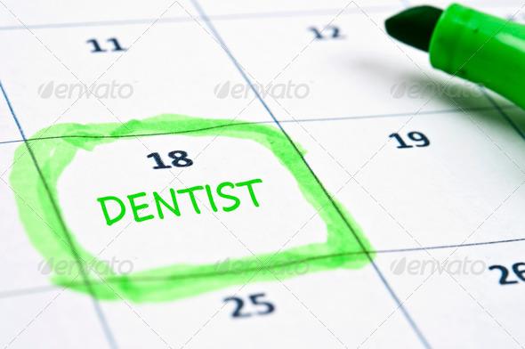 PhotoDune Dentist mark 567062