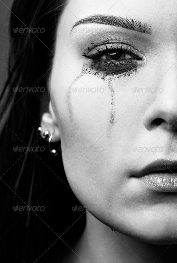 PhotoDune crying girl 579787
