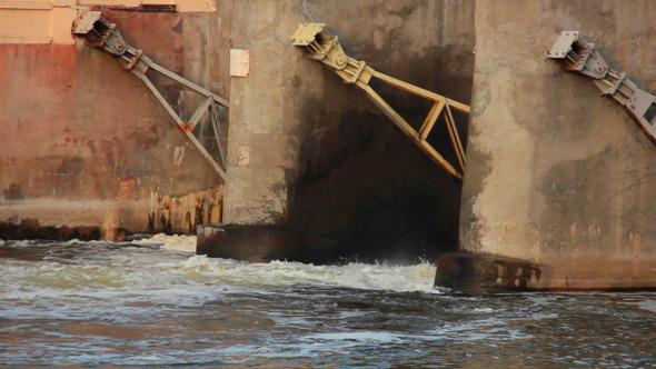 Dam Flushes 2