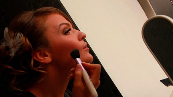 Girl Puts Makeup 11