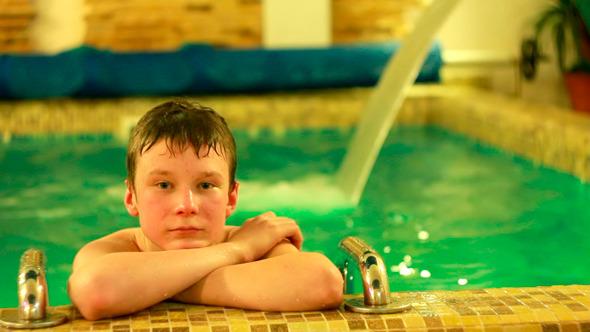 Sandra Teen Model Pool | Healty Living Guide: blackpumpkin.com/sandra/sandra-teen-model-pool.html