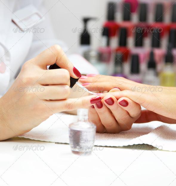 PhotoDune manicure 728639