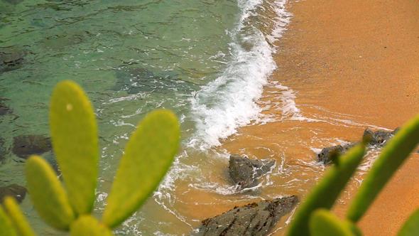 Turquoise Mediterranean Beach Rack Focus 1