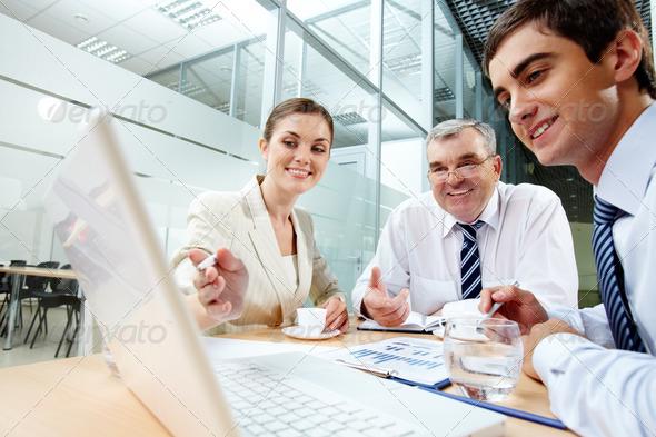 PhotoDune Meeting in office 783385