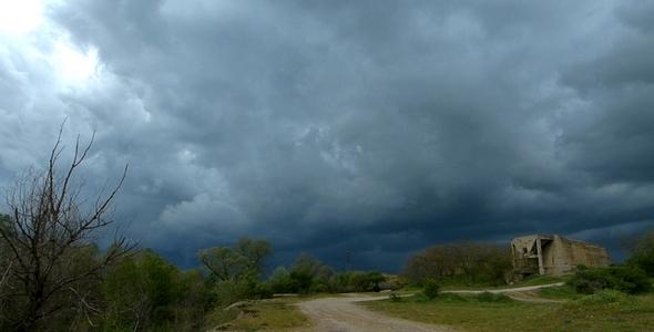 Emergence of Storm