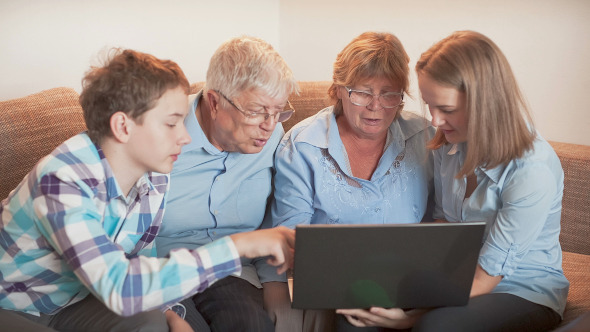 Family in Social Network