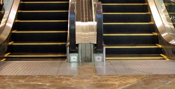 Escalator in Shopping Mall Center