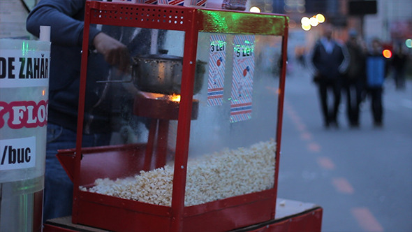 Outdoors Popcorn Machine