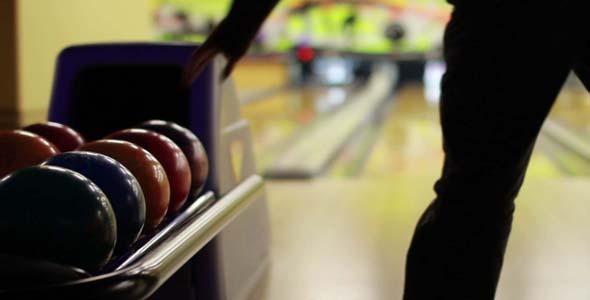 Bowling Playing