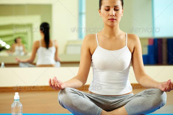 PhotoDune Yoga 856317