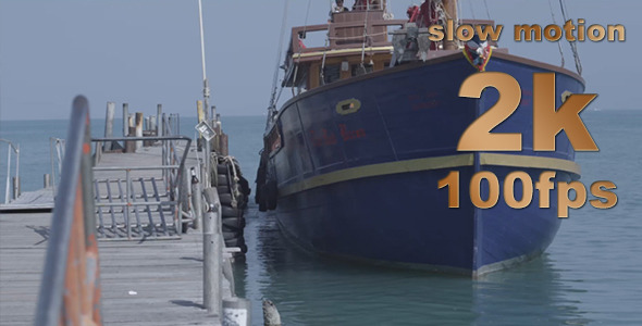 VideoHive The Ship Floats In The Ocean 8416777