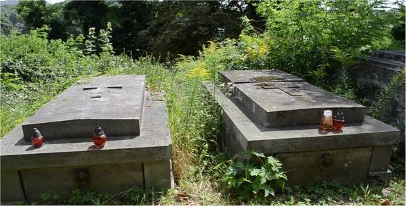 Cemetery 31