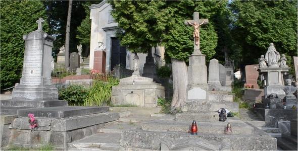 Cemetery 78