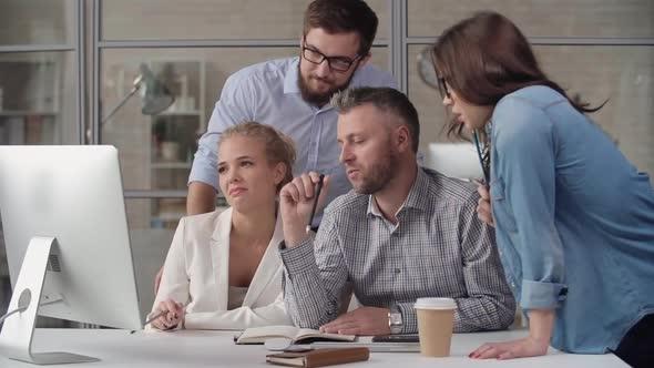 Keskustelu välillä Kollegat - Business, Corporate Arkistofilmit