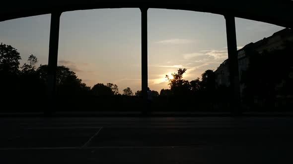 Kaupunki Sunset - Bridge Traffic - Kaupunki Arkistofilmit