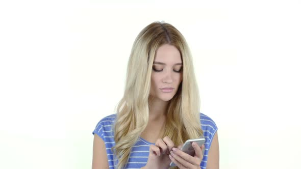 Download Woman Using Smartphone nulled download